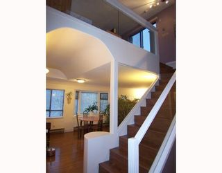 """Photo 1: 401 777 EIGHTH Street in New Westminster: Uptown NW Condo for sale in """"MOODY GARDENS"""" : MLS®# V797457"""