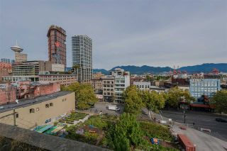 "Photo 16: 801 33 W PENDER Street in Vancouver: Downtown VW Condo for sale in ""33 Living"" (Vancouver West)  : MLS®# R2373850"