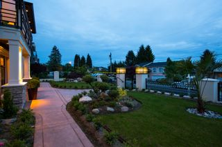 Photo 2: 919 WALLS AVENUE in COQUITLAM: House for sale