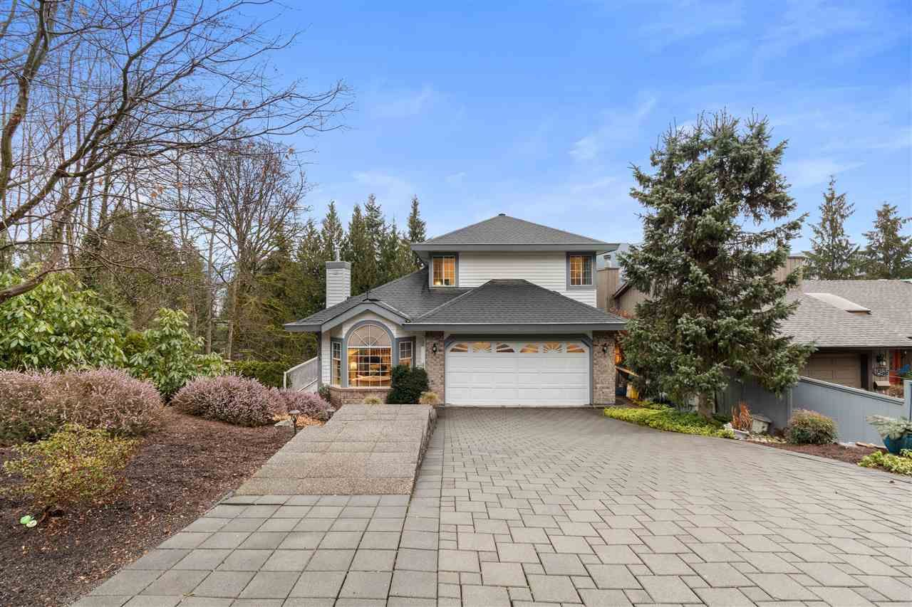 Main Photo: 1081 CORONA Crescent in Coquitlam: Chineside House for sale : MLS®# R2559200