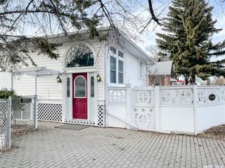 Photo 3: 1110 9th Avenue Northwest in Moose Jaw: Central MJ Residential for sale : MLS®# SK844906