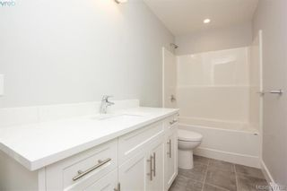 Photo 34: 1037 Sandalwood Crt in VICTORIA: La Luxton House for sale (Langford)  : MLS®# 827604