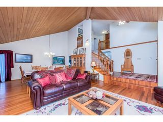 Photo 9: 28344 HARRIS Road in Abbotsford: Bradner House for sale : MLS®# R2612982