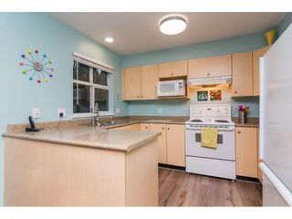 """Photo 7: 4 18883 65 Avenue in Surrey: Cloverdale BC Townhouse for sale in """"APPLEWOOD"""" (Cloverdale)  : MLS®# R2246448"""