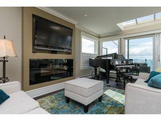 Photo 5: 15511 COLUMBIA Avenue: White Rock House for sale (South Surrey White Rock)  : MLS®# R2151727