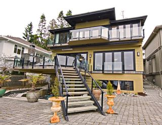 Photo 12: 2279 CHRISTOPHERSON Road in South Surrey White Rock: Crescent Bch Ocean Pk. Home for sale ()