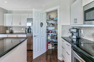 Photo 11: 232 Everbrook Way SW in Calgary: Evergreen Detached for sale : MLS®# A1143698