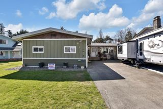Photo 1: 17254 61B Avenue in Surrey: Cloverdale BC House for sale (Cloverdale)  : MLS®# R2566714
