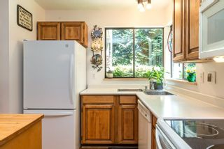 Photo 7: 7270 WEAVER COURT in Vancouver East: Home for sale : MLS®# R2316474