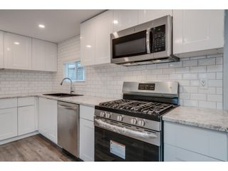 Photo 3: 24 9267 SHOOK Road in Mission: Hatzic Manufactured Home for sale : MLS®# R2405452