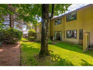 """Photo 15: 103 7349 140 Street in Surrey: East Newton Townhouse for sale in """"Newton Park"""" : MLS®# R2464654"""