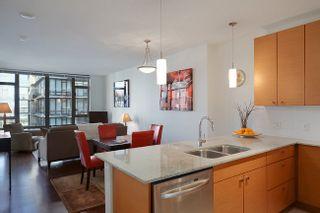 Photo 3: 1109 6888 Alderbridge Way in FLO: Home for sale : MLS®# V927243