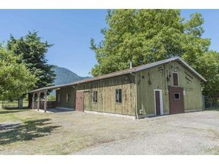 Photo 9: 41594 SOUTH SUMAS Road in Chilliwack: Greendale Chilliwack House for sale (Sardis)  : MLS®# R2589043