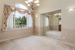 Photo 7: 1111 77 Street SW in Calgary: West Springs Detached for sale : MLS®# A1137744