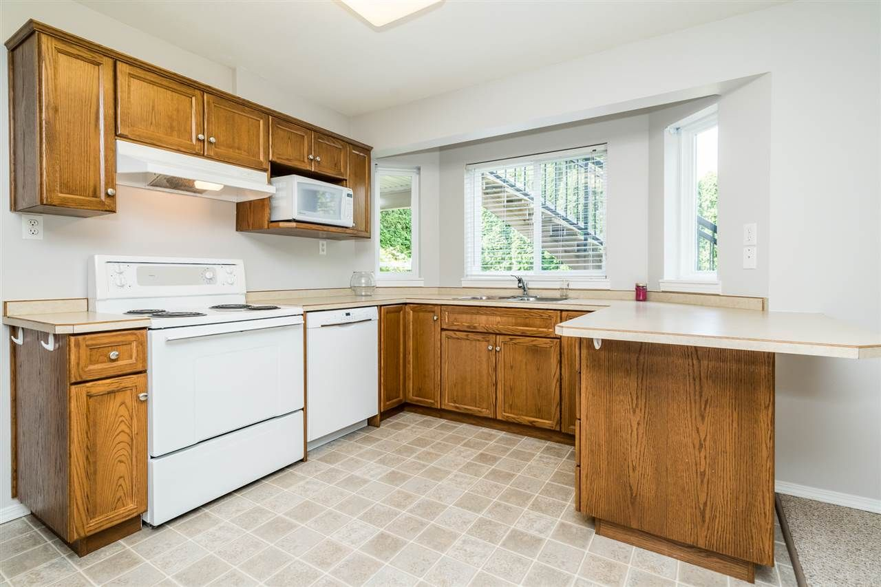 """Photo 28: Photos: 35715 LEDGEVIEW Drive in Abbotsford: Abbotsford East House for sale in """"Ledgeview Estates"""" : MLS®# R2481502"""