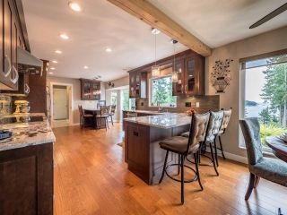 Photo 5: 9199 REGAL Road in Sechelt: Halfmn Bay Secret Cv Redroofs House for sale (Sunshine Coast)  : MLS®# R2252875