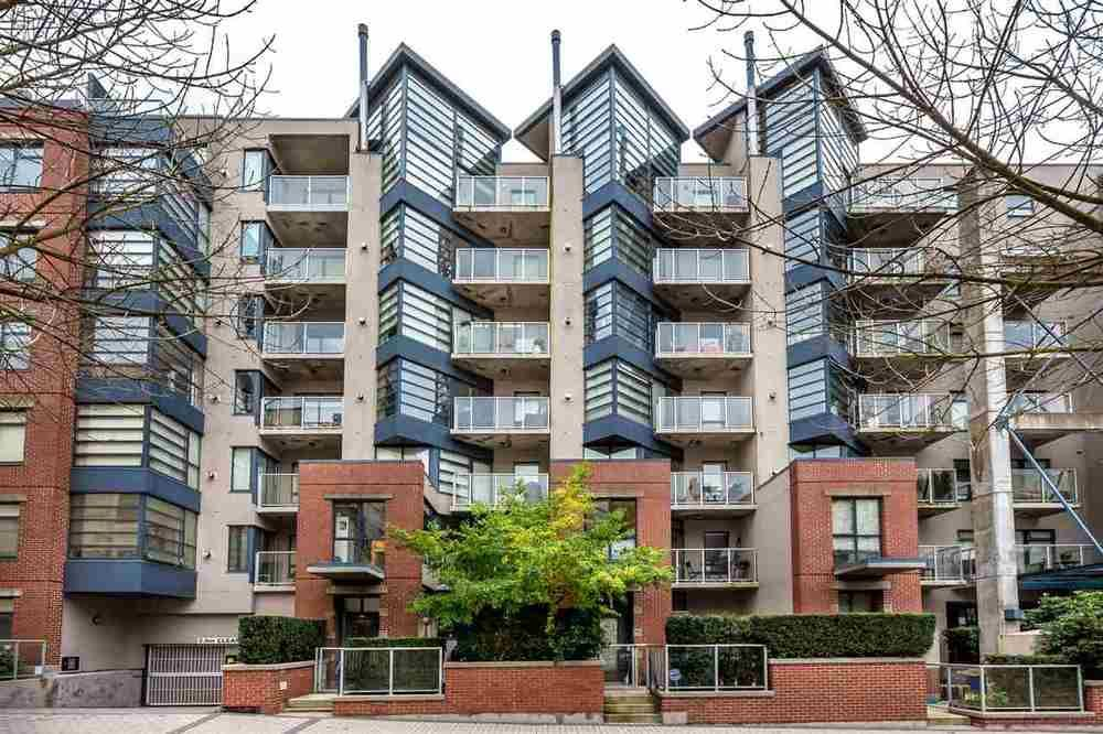 Main Photo: 504 2228 MARSTRAND AVENUE in Vancouver West: Home for sale : MLS®# R2115844