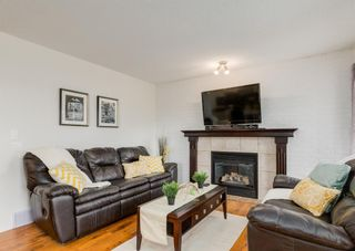 Photo 7: 76 Bridleridge Gardens SW in Calgary: Bridlewood Detached for sale : MLS®# A1134519