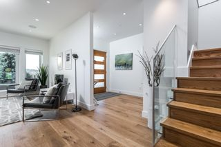 Photo 4: 1155 KEITH ROAD in West Vancouver: Ambleside House for sale : MLS®# R2069452