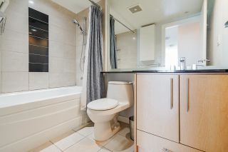 """Photo 22: 2306 550 PACIFIC Street in Vancouver: Yaletown Condo for sale in """"AQUA AT THE PARK"""" (Vancouver West)  : MLS®# R2580725"""