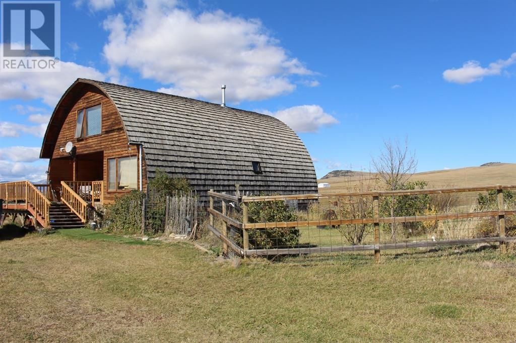 Main Photo: 1006 510 Highway in Cowley: House for sale : MLS®# A1150556