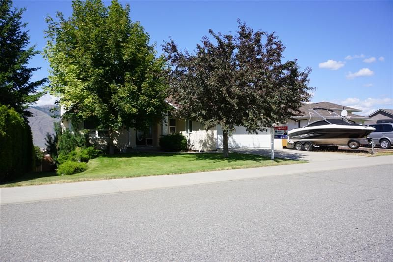 RV Parking and great curb appeal