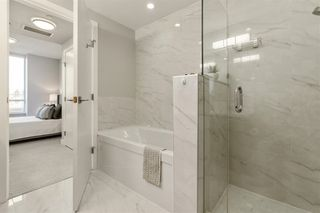 """Photo 13: W305 677 W 41ST Avenue in Vancouver: Oakridge VW Condo for sale in """"41 West"""" (Vancouver West)  : MLS®# R2605718"""