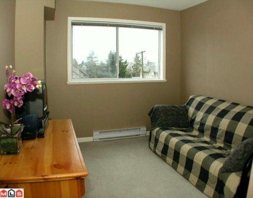 "Photo 7: Photos: 302 5419 201A Street in Langley: Langley City Condo for sale in ""Vista Gardens"" : MLS®# F2928069"