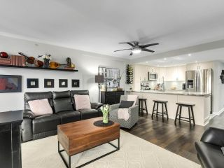"""Photo 2: 201 2665 W BROADWAY in Vancouver: Kitsilano Condo for sale in """"MAGUIRE BUILDING"""" (Vancouver West)  : MLS®# R2548930"""