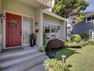 """Photo 2: 11771 PLOVER Drive in Richmond: Westwind House for sale in """"WESTWIND"""" : MLS®# R2484698"""