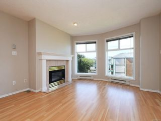 Photo 4: 302 898 Vernon Ave in Saanich: SE Swan Lake Condo for sale (Saanich East)  : MLS®# 853897