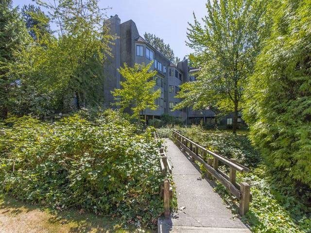 """Main Photo: 306 9880 MANCHESTER Drive in Burnaby: Cariboo Condo for sale in """"BROOKSIDE CRT"""" (Burnaby North)  : MLS®# R2103223"""