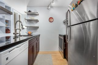 Photo 16: 301 1232 HARWOOD STREET in Vancouver: West End VW Condo for sale (Vancouver West)  : MLS®# R2127981