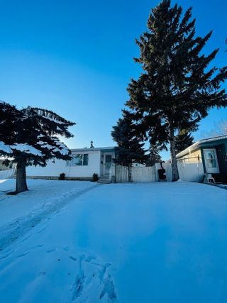 Photo 1: 11510 32 Street NW in Edmonton: Zone 23 House Half Duplex for sale : MLS®# E4229176