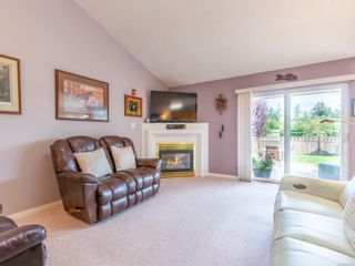 Photo 5: 810 Arrowsmith Way in : PQ French Creek House for sale (Parksville/Qualicum)  : MLS®# 884859