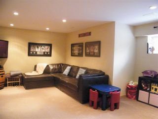 """Photo 13: 43 8675 209 Street in Langley: Walnut Grove House for sale in """"Sycamores"""" : MLS®# R2100072"""