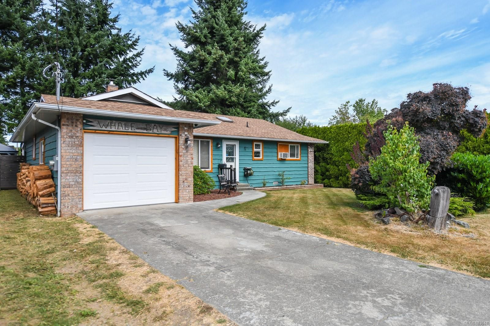 Main Photo: 1609 22nd St in Courtenay: CV Courtenay City House for sale (Comox Valley)  : MLS®# 883618