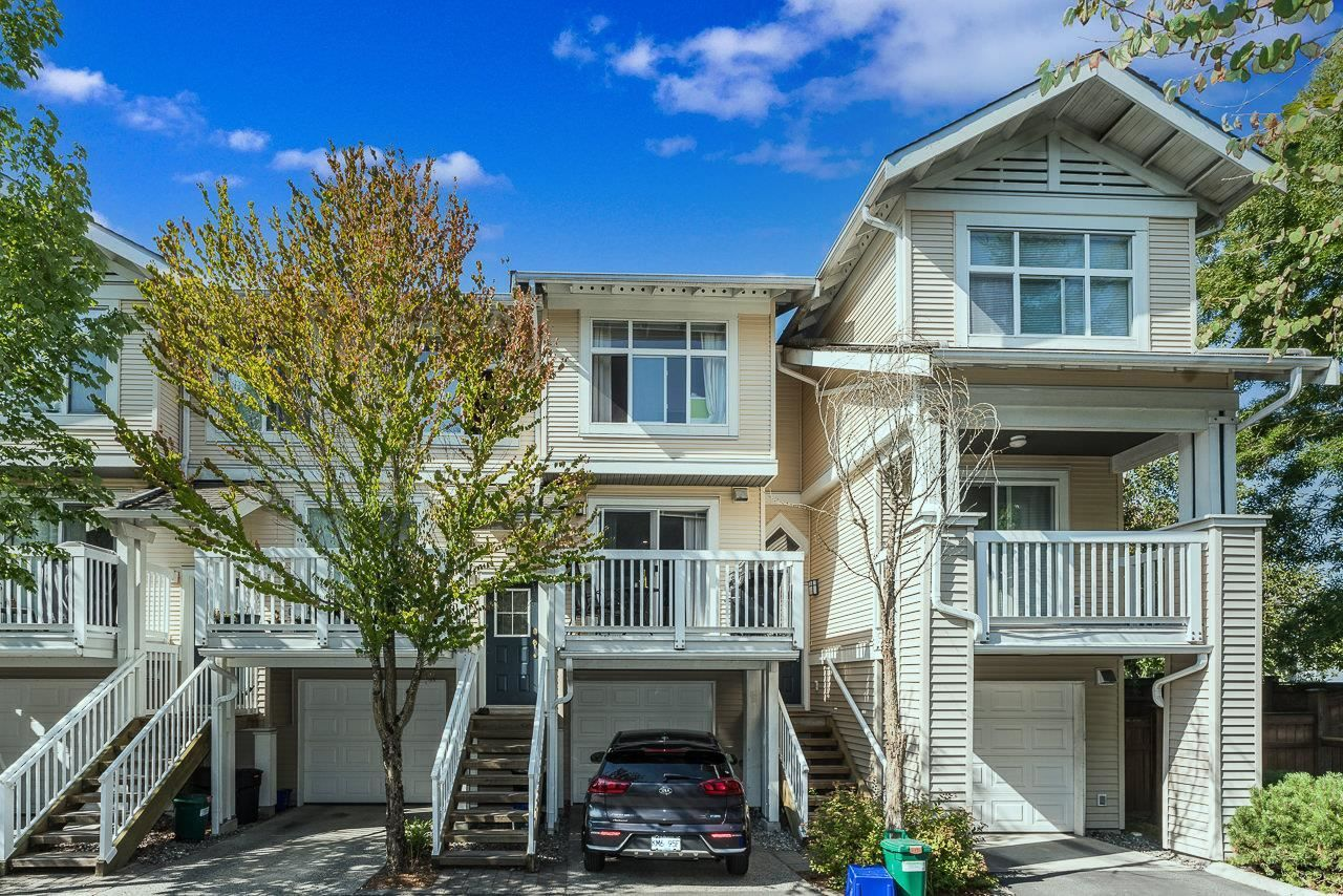 """Main Photo: 69 7179 201 Street in Langley: Willoughby Heights Townhouse for sale in """"Denim 1"""" : MLS®# R2605573"""