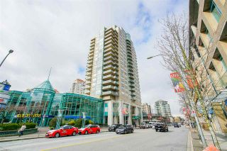 """Photo 1: 1803 612 SIXTH Street in New Westminster: Uptown NW Condo for sale in """"The Woodward"""" : MLS®# R2545610"""