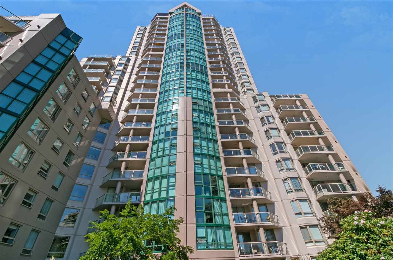 """Main Photo: 404 1199 EASTWOOD Street in Coquitlam: North Coquitlam Condo for sale in """"The Selkirk"""" : MLS®# R2303754"""