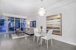 """Photo 11: 266 E 2ND Avenue in Vancouver: Mount Pleasant VE Townhouse for sale in """"Jacobsen"""" (Vancouver East)  : MLS®# R2212313"""