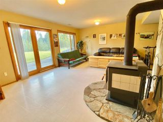 Photo 10: 12984 BRAESIDE Road in Vanderhoof: Vanderhoof - Rural House for sale (Vanderhoof And Area (Zone 56))  : MLS®# R2467744
