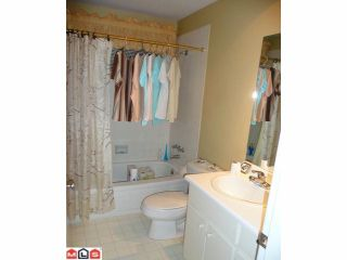"""Photo 9: 1768 130TH Street in Surrey: Crescent Bch Ocean Pk. House for sale in """"Summerhill Area in Ocean Park"""" (South Surrey White Rock)  : MLS®# F1123665"""