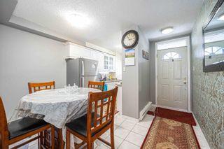 Photo 5: 302 135 Leeward Glenway Street in Toronto: Flemingdon Park Condo for sale (Toronto C11)  : MLS®# C5127058