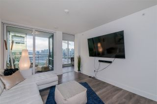 """Photo 3: 1409 1788 COLUMBIA Street in Vancouver: False Creek Condo for sale in """"Epic at West"""" (Vancouver West)  : MLS®# R2392931"""