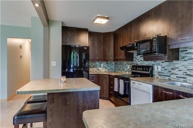 Photo 6: Photos: 427 Dowling Avenue in Winnipeg: East Transcona Residential for sale (3M)  : MLS®# 1716134