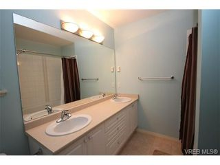 Photo 10: 210 Stoneridge Pl in VICTORIA: VR Hospital House for sale (View Royal)  : MLS®# 718015