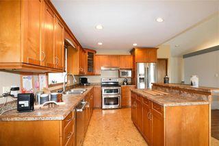 Photo 5: 10 Siskin Bay in Landmark: R05 Residential for sale : MLS®# 202118023
