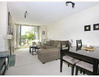 Photo 2: #202 - 212 Lonsdale Avenue in North Vancouver: Lower Lonsdale Condo  : MLS®# V702053