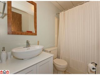 "Photo 10: 18 2303 CRANLEY Drive in Surrey: King George Corridor Manufactured Home for sale in ""SUNNYSIDE"" (South Surrey White Rock)  : MLS®# F1028956"